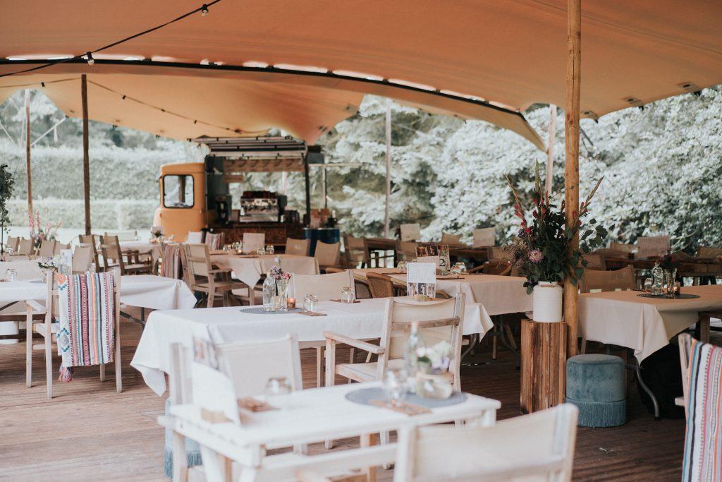 Tent bruiloft buiten